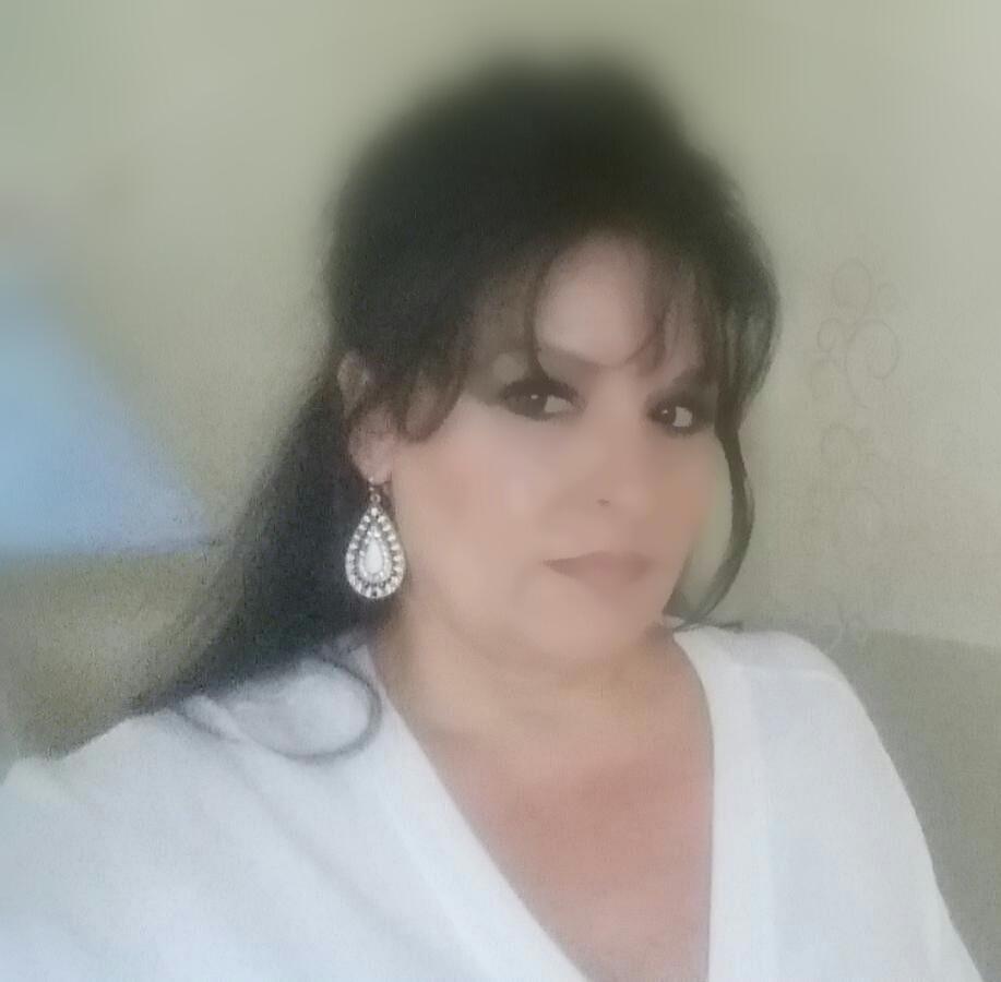 Renata S. Cruze, Restaurant Consultant